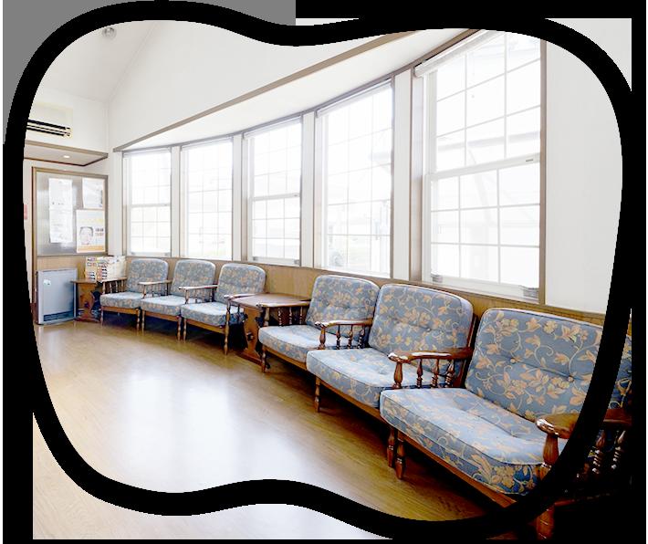 平成6年開院信頼と実績の歯科医院 インプラント実績 1,500本 矯正治療実績 1,000症例(※1994年~2018年) 口臭がとれる歯周病治療 患者さまのお口の状態に合わせた精密な入れ歯治療 駐車場10台 土曜診療